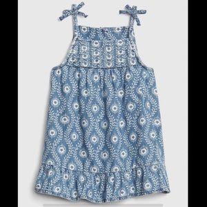 💚2/$30 GAP baby denim spaghetti strap dress